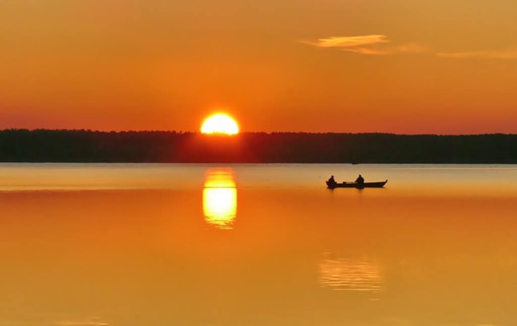Чарівний закат на озері Світязь